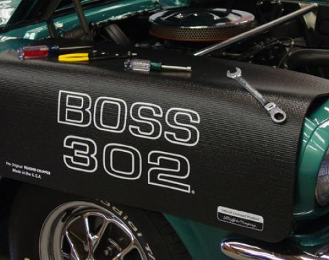 Fender Gripper® Cover, Black with Boss 302